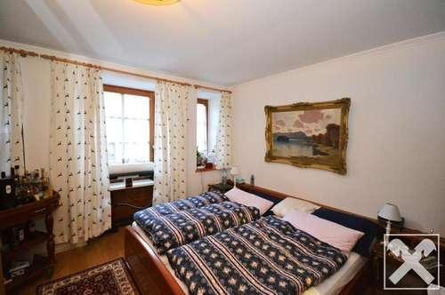Schöne 2-Zimmer-Wohnung Nähe Schloss Grubhof