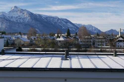 AIGEN: IN SALZACHNÄHE, außergewöhnliche 3-Zimmer-Dachgeschosswohnung mit Panoramablick
