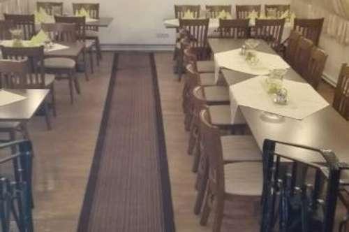 Gut gehendes Gaststätte mit Schanigarten