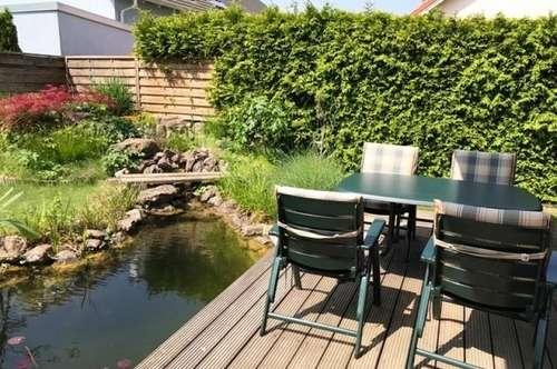 Entzückendes Familienidyll-Haus mit Biotop und Obstbaumbestand! Mit Sauna, Einbauküche, nur 35 Min bis Wien Mitte! Nähe Nationalpark Donau Auen!