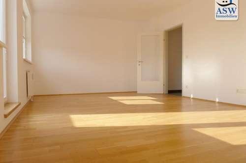 Entzückende 2-Zimmer-Wohnung mit sonniger Terrasse