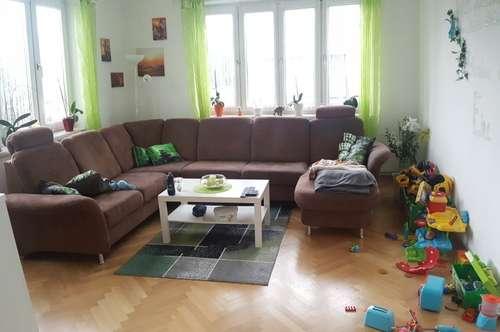 Helle 4-Zimmer-Mietwohnung in Zentrumsnähe !!!