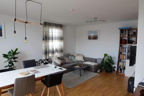 Dachgeschosswohnung mit Terasse / inkl. aller Betriebskosten und Garage / Zentrumsnahe und viele Freizeitmöglichkeiten