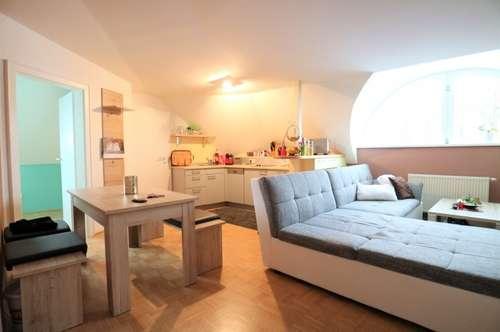 Charmante 2-Zimmer-Wohnung mit viel Flair