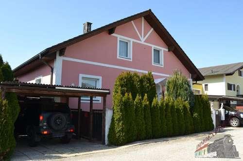 Gut und ruhig gelegenes großes Einfamilienhaus für 2 - 3 Familien geeignet