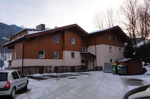 Geräumige 2-Raum Wohnung in Gries