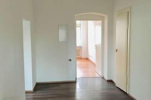 Große 2,5 Zimmer Mietwohnung