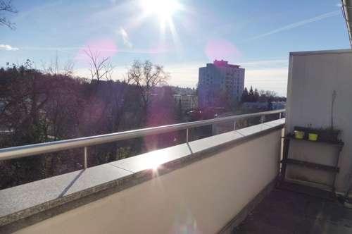 Sonnige Wohnung mit Balkon und traumhafter Aussicht in Grazer Bestlage