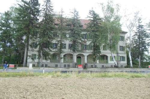 Zollhaus aus Jahrhundertwende, Renovierungsbedürftig zu Verkaufen. Provisionfrei!