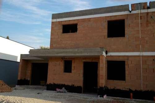 Puchberg!!! NEUBAU - Doppelhaushälfte in zeitgemäßer Bau - Ausführung