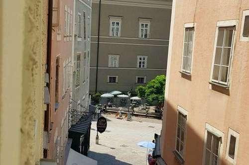 Salzburg-Altstadt: Sehr schöne 4-Zi.-Whg. mit Dachterrasse am Alten Markt