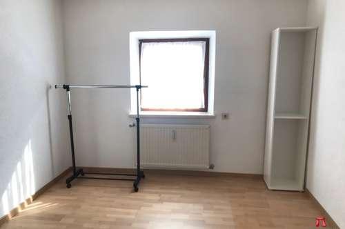 Geräumige 4 Zimmer Wohnung