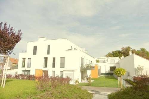 Super-schicke Neubauwohnung direkt am Hunyadi Schlosspark!!