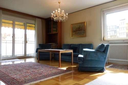 Wunderschöne, möblierte 3-Zimmer-Wohnung mit Loggia in zentraler Lage in Graz Geidorf