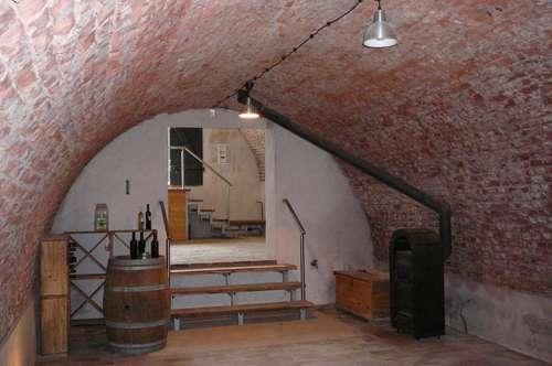 Rarität! Wein-/Erdkeller mit Blick auf den Neusiedlersee
