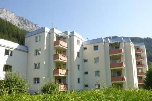 Helle Wohnung mit Loggia und mit einzigartiger Aussicht auf die atemberaubende Bergwelt von Eisenerz! Provisionsfrei!