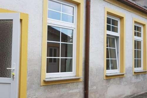 Neu renovierte Erdgeschoss Wohnung