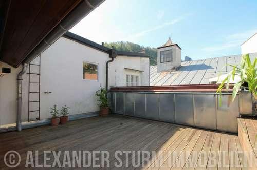 ON TOP  Einzigartige 5 Zi.-Altbauwohnung mit Sonnenterrasse