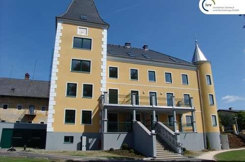**Ab sofort, neuer Preis** Wohnen im Schloß Bruckhof - elegante 3 Zimmer Wohnung mit 2 PKW Stellplätzen - Top 9