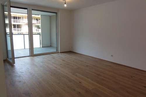 ERSTBEZUG - SONNIGE WOHNLAGE - AUSBLICK - GEHWEITE INS STADTZENTRUM - MIETE: Attraktive Wohnung in St. Johann - Ski amadé