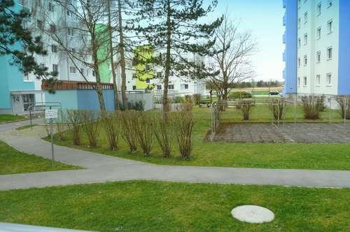 Harmonische Grünanlage mit Spielplatz!