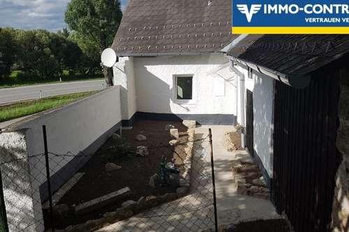 Neu renoviertes Haus mit Steingarten