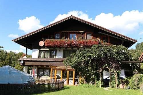 """Sonnige, 130 m² Wohnung mit großem Balkon """"im Grünen am Haunsberg"""" zu vermieten"""