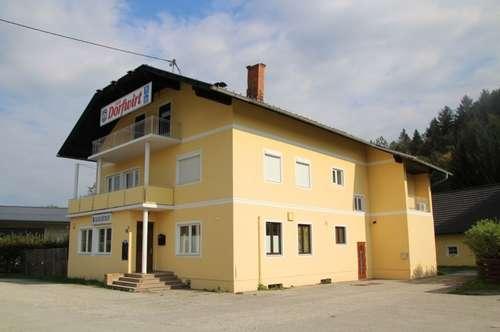 Großzügiges Wohngebäude mit der Möglichkeit für einen Gastbetrieb inkl. Nebengebäude, Eisstockbahn und über 3000 m² Grund, Nähe Klopeiner See