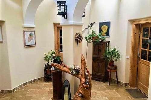 ! Mehrfamilienhaus - 3 separate Eingänge - Arbeiten und Wohnen auf einer Liegenschaft !