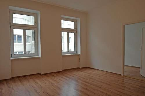 Helle, Schöne 2-Zimmer-Wohnung!