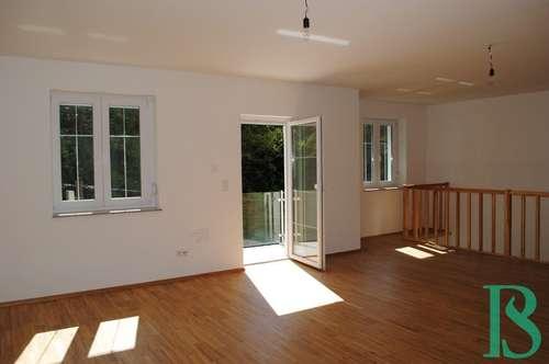 Hoch oben am Kurpark – 2 Balkone, Blick über Baden, Wohnen und/oder Arbeiten in Traumlage