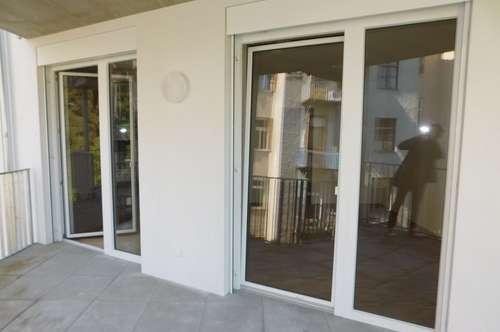Zentraler ERSTBEZUG für Familie oder Pärchen mit Terrasse