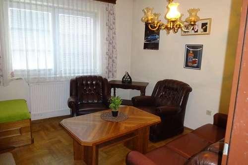 3 Zimmerwohnung in einem gepflegten Haus