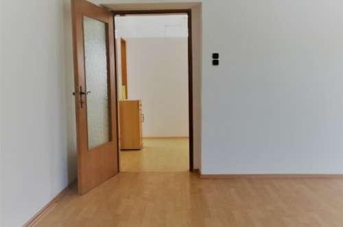 PROVISIONSFREI! Nette Mietwohnung im Zentrum von Hollabrunn