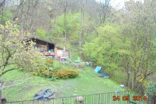 Charmante 2 Zimmerwohnung mit 25m² Terrasse mit Grünblick in Ruhelage