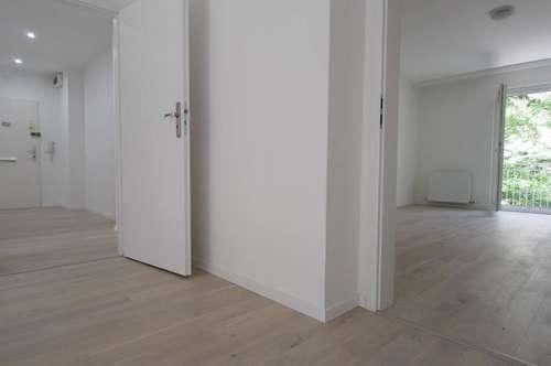 großzügige und elegant sanierte 2 Zimmer mit Balkon