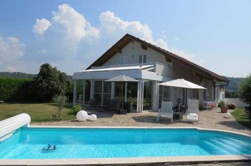 Hochwertiges Ein.-/Mehrfamilienhaus in Top Lage inkl. Pool