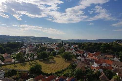 Hoch über Mattersburg - Wohnung im 14 Stock mit 140m² Terrasse ab sofort zu Mieten!
