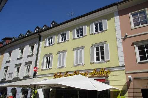 Exklusive Altbau-Dreizimmerwohnung im Stadtzentrum