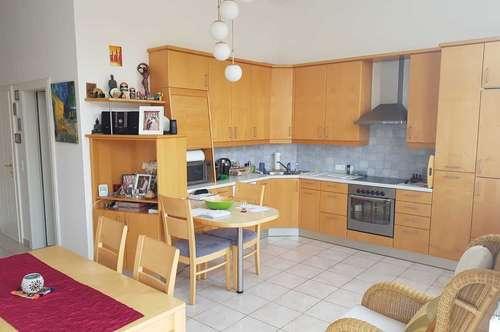 Provisionsfrei! Moderne, helle Wohnung inkl. Balkon in ruhiger Zentrumslage