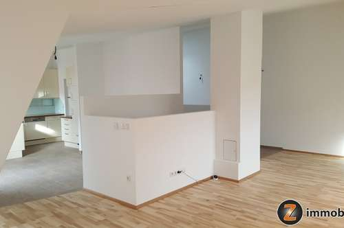 Erstbezug: Dachgeschoßwohnung in Hornstein!