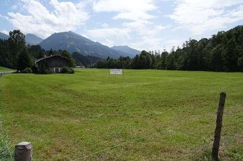 Großer Gewerbegrund in Aurach bei Kitzbühel, direkt an der Bundesstraße B 161, zu verkaufen