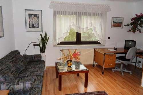 Apartement in wunderschöner Grünlage komplett möbliert