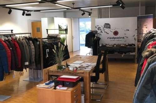 KAUF ANLAGE: Vermieteter 95 m² Showroom in der Fashion Mall Salzburg-Kasern