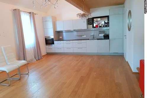 Exklusive 3,5 Zimmer - Maisonette in ruhiger und zentraler Lage