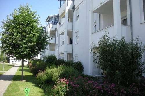 3-Zimmer-Wohntraum in wunderschöner Grünlage! Sehr ansprechende Wohnung in kinderfreundlicher, ruhiger Siedlung am Stadtrand! Provisionsfrei!