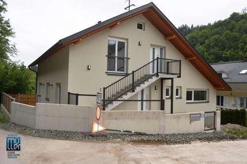 Pörtschach/WS: Moderne 4 Zimmer-Wohnung mit beheizter Garage und Gartenanteil