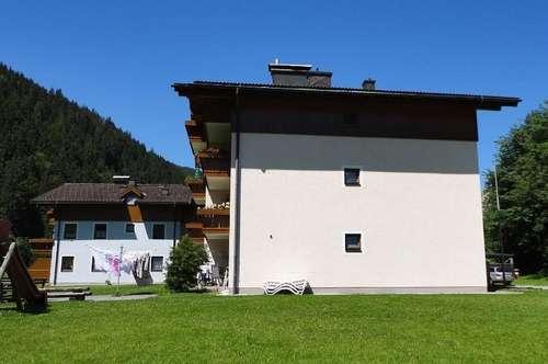 Großzügige 3-Raum Wohnung in Viehhofen