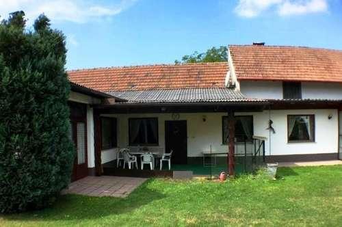 Sehr großes Haus mit über 4.000 m² Grund in der Naturparkgemeinde Geras