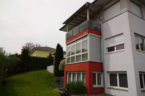 Sehr gepflegtes Einfamilienhaus + Einliegerwohnung (Praxis/ Büro) sonnige, ruhige Lage -Klagenfurt!